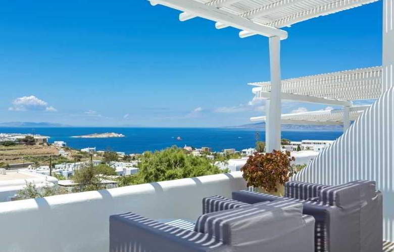 Ostraco Luxury Suites - Terrace - 30
