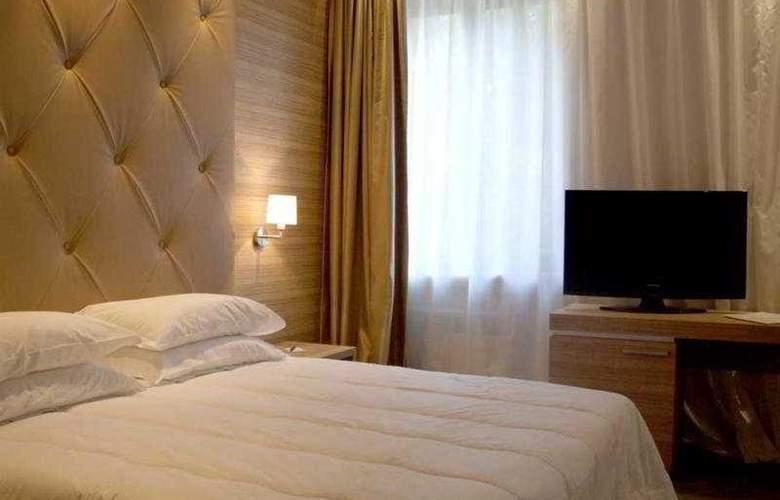 Area Roma - Room - 4
