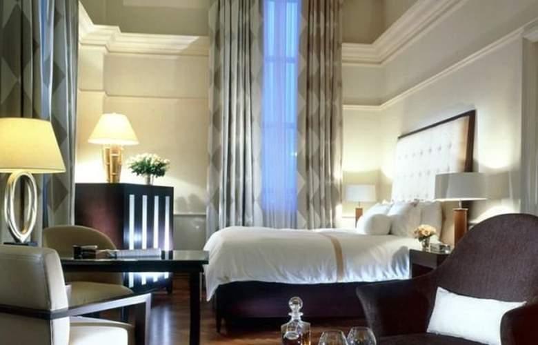 The Fullerton Singapore - Room - 11