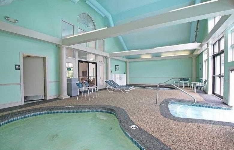 Best Western Merry Manor Inn - Hotel - 39