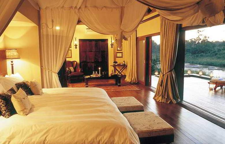 Tinga Private Game Lodge - Room - 0