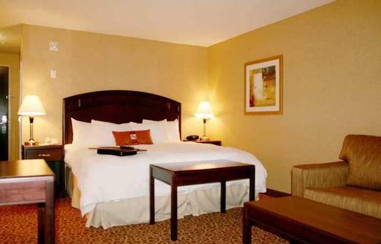 Hampton Inn & Suites by Hilton Edmonton - Hotel - 6