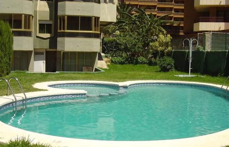 Torre Gerona - Pool - 2