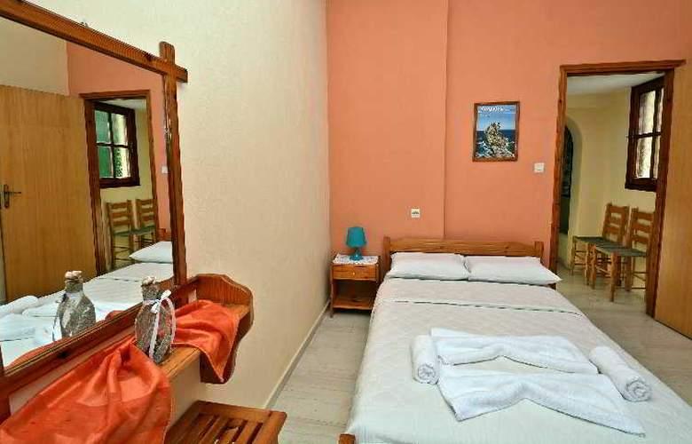 Nina Apartment - Room - 10