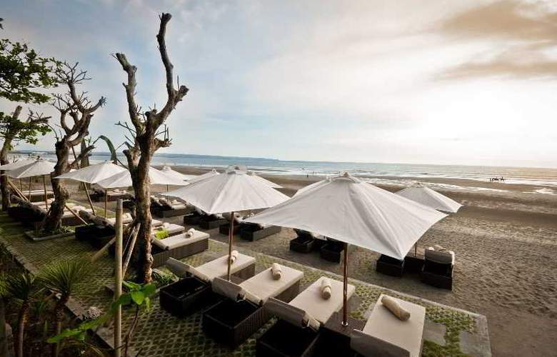 The Haven Hotel Seminyak - Beach - 4