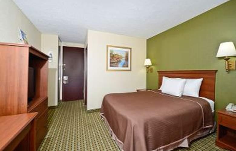 Howard Johnson Inn Clifton NJ - Room - 9
