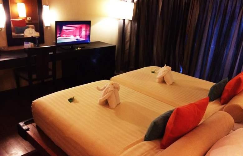 Seaview Patong - Room - 15