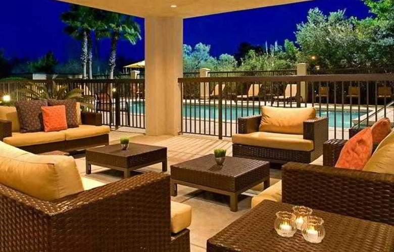 Courtyard Jacksonville Butler Boulevard - Hotel - 19