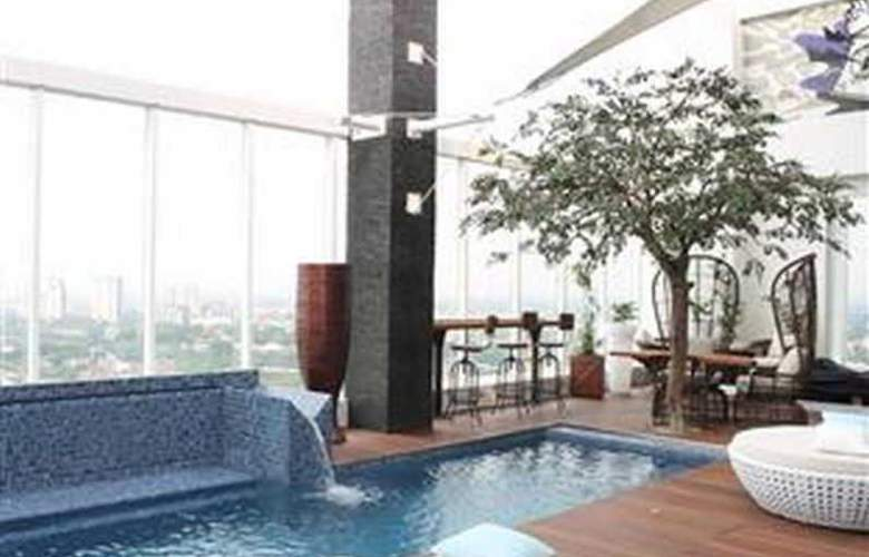 Mercure Jakarta Simatupang - Pool - 2