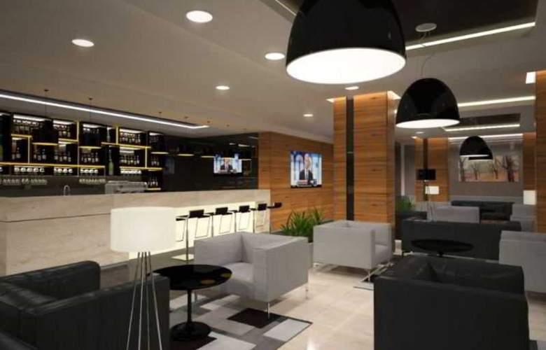Q Hotel Plus Krakow - Hotel - 2