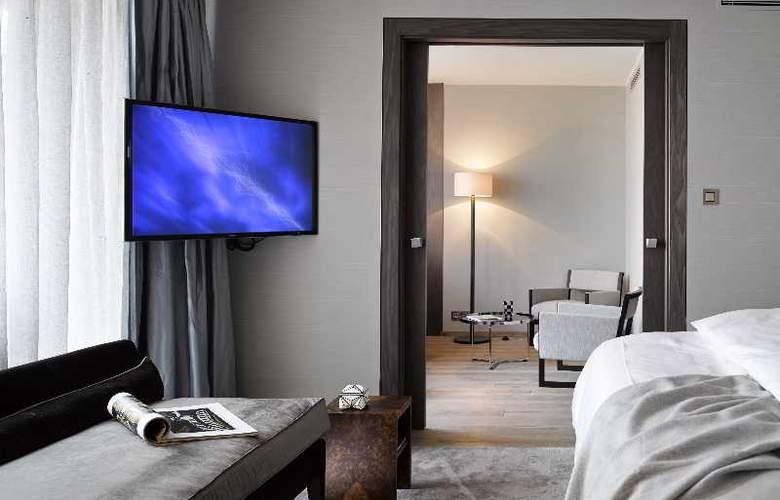 The Emblem Hotel - Room - 21