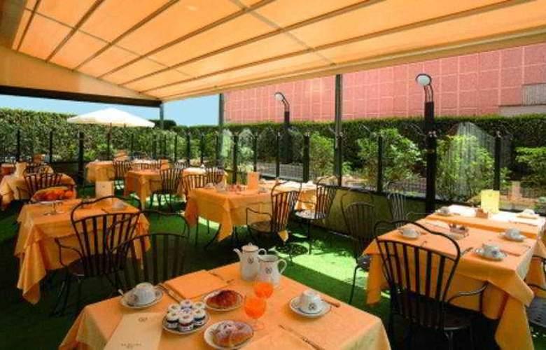 The Regency (Lissone) - Restaurant - 6
