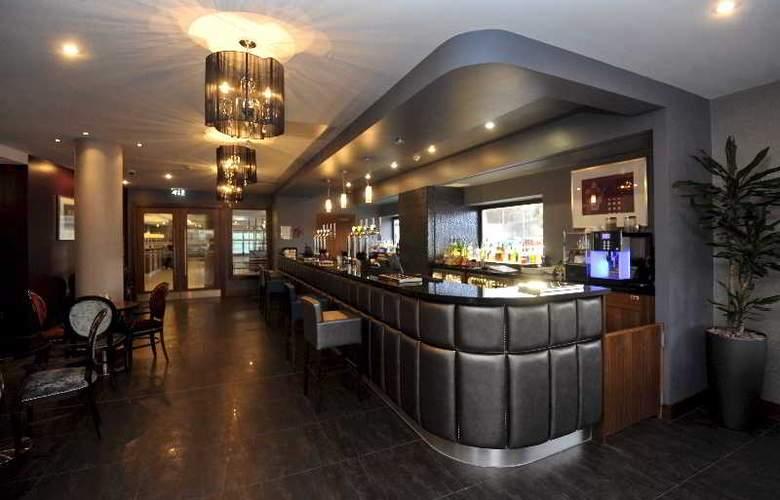 Jurys Inn Newcastle Quayside - Bar - 5