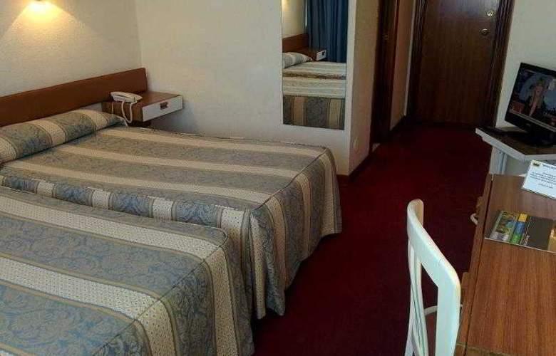 Montemar - Room - 8