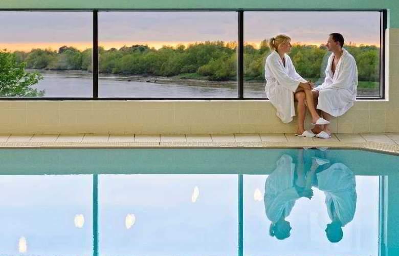 Clayton Limerick - Pool - 2