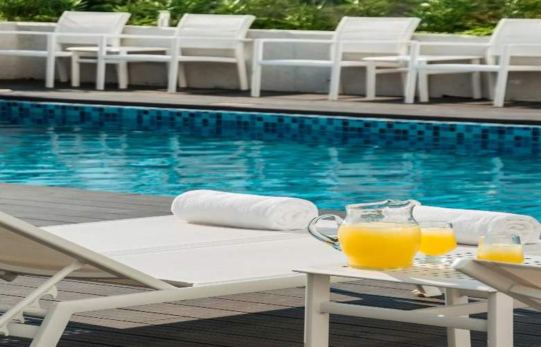 Fiesta Inn Merida - Pool - 67