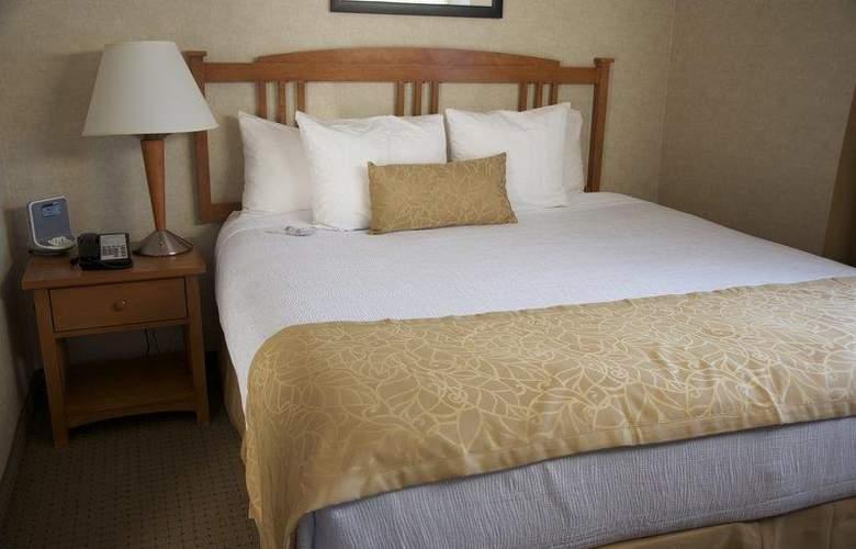 Best Western Plus Innsuites Phoenix Hotel & Suites - Room - 31