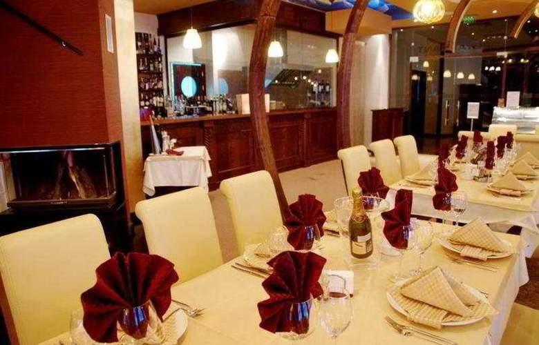 Iceberg - Restaurant - 10