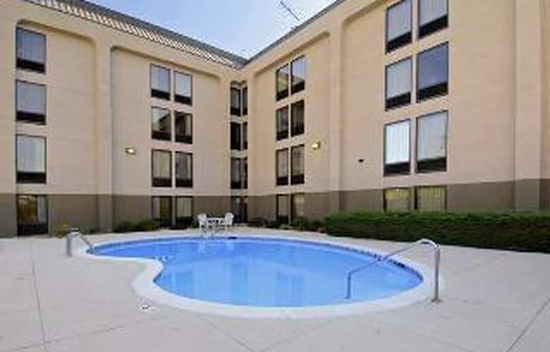 Hampton Inn St. Louis-NW I-270 (Florissant) - Sport - 5