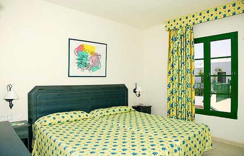 Cay Beach Sun - Room - 3