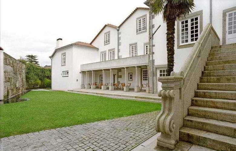 Hotel Casa Melo Alvim - Terrace - 12