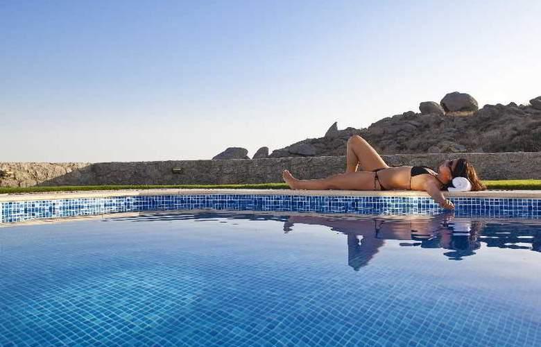 Naxian Collection Luxury Villas & Suites - Pool - 15