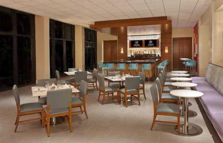 Sheraton Lake Buena Vista Resort - Bar - 21