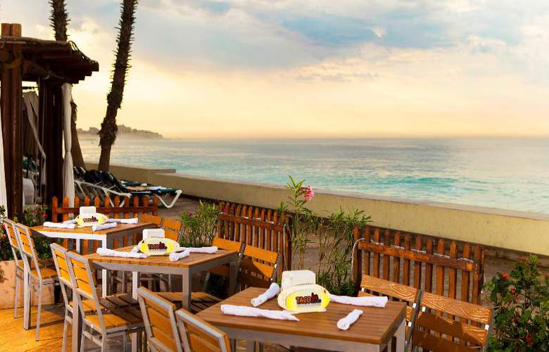 Villa del Palmar Beach Resort & Spa - Bar - 28