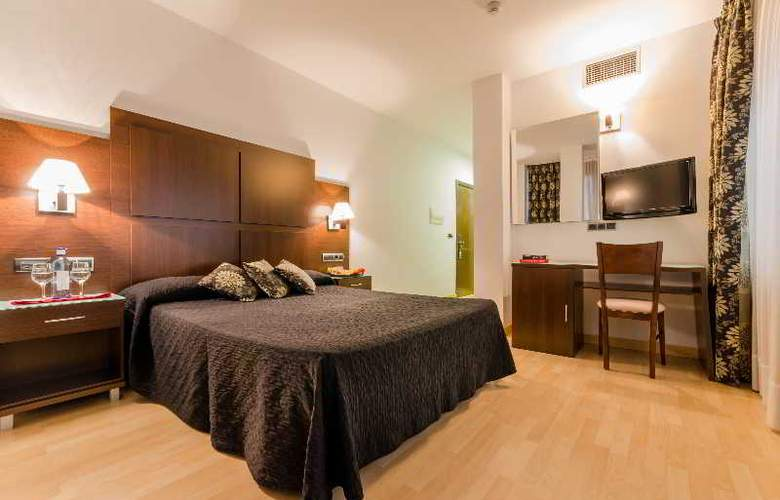 GIT Conquista de Granada - Room - 23