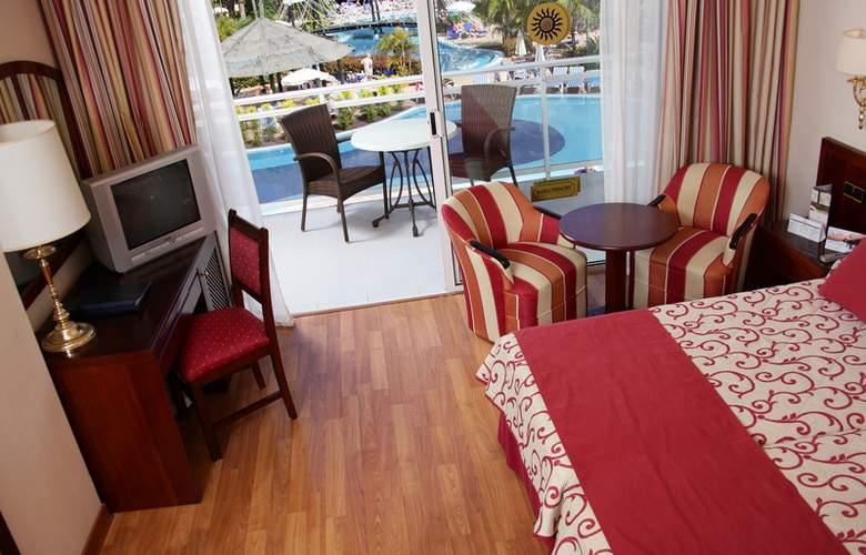 Sunlight Bahia Principe Costa Adeje - Room - 12