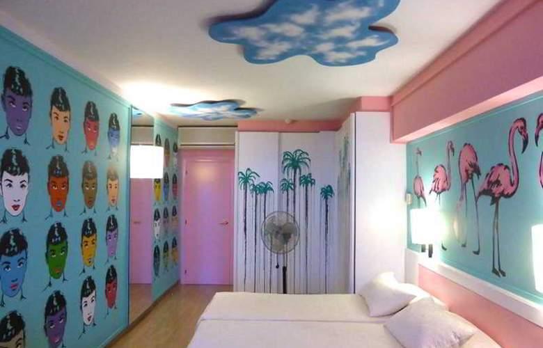 Estela Barcelona - Room - 18