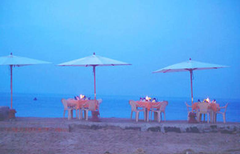Uday Samudra Leisure Beach Hotel - Beach - 5