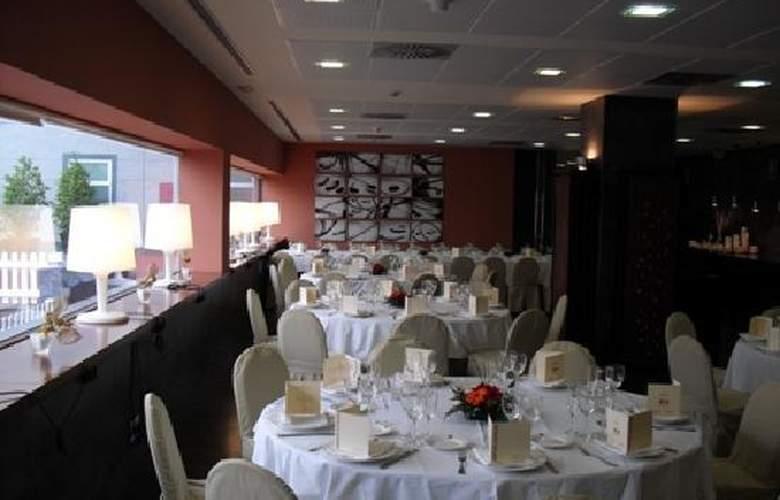 Vertice Aljarafe - Restaurant - 5