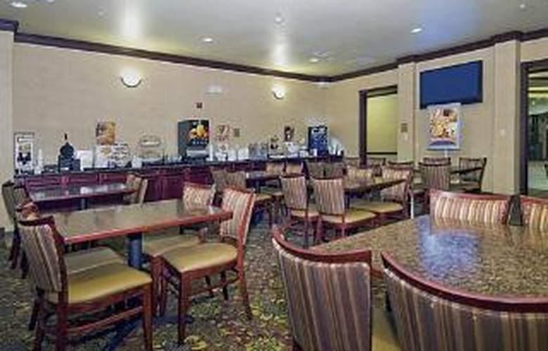 Sleep Inn & Suites near Seaworld - General - 3