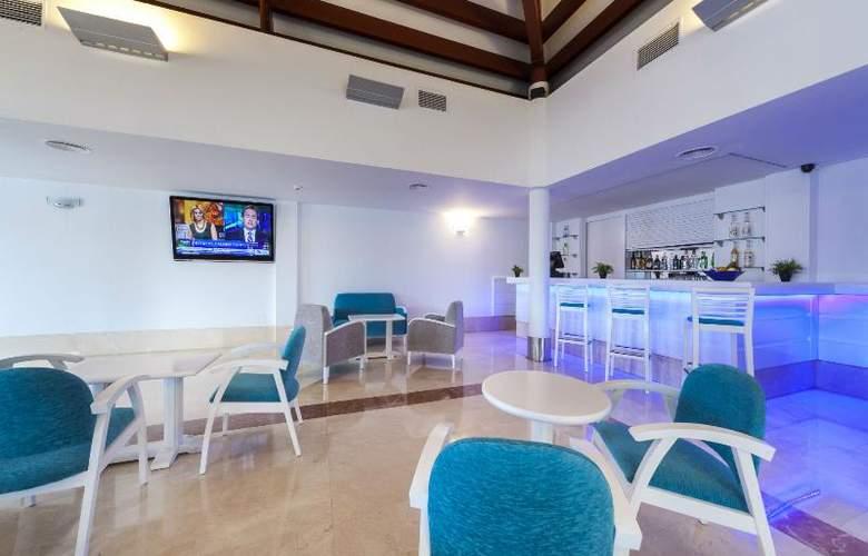 Casas del Lago Hotel, Spa & Beach Club - Bar - 5