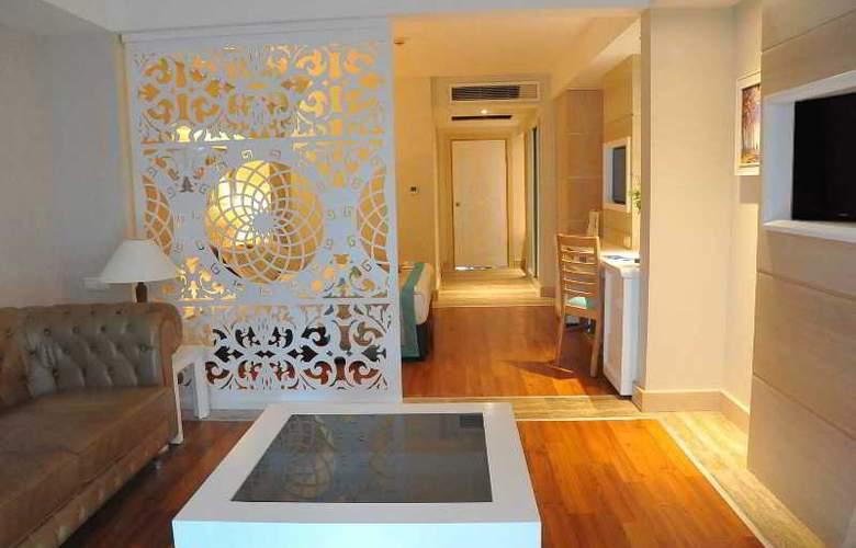 Crystal Sunset Luxury Resort & Spa - Room - 12