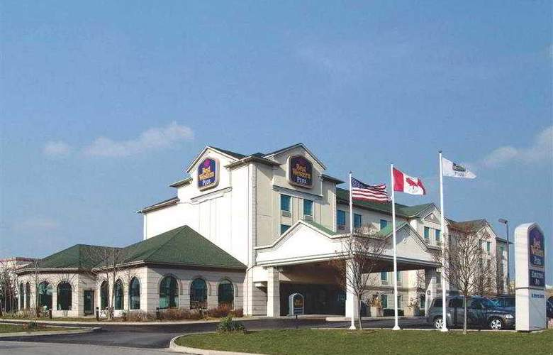 Best Western Plus Executive Inn Scarborough - Hotel - 90