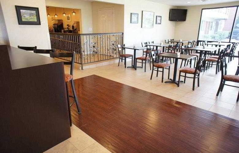 Best Western Plus Orchard Inn - Hotel - 35