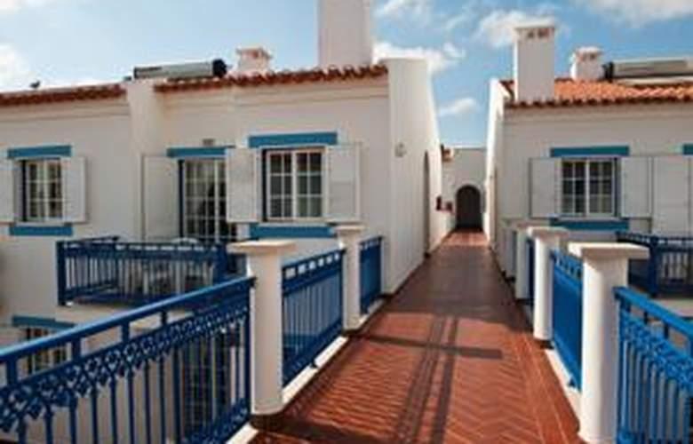 Apartamentos Patios da Vila - Hotel - 2