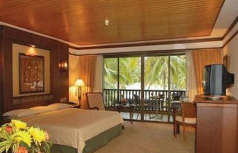 Damai Beach Resort - Room - 2