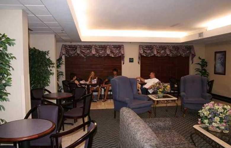 Hampton Inn Raleigh- Garner - Hotel - 5