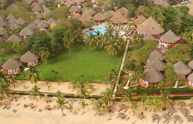 Royam Saly - Beach - 2