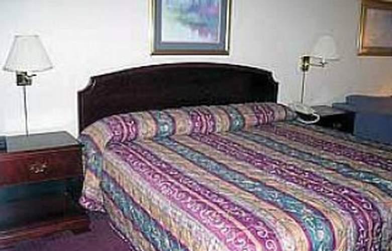 Quality Inn Executive Park - Room - 1