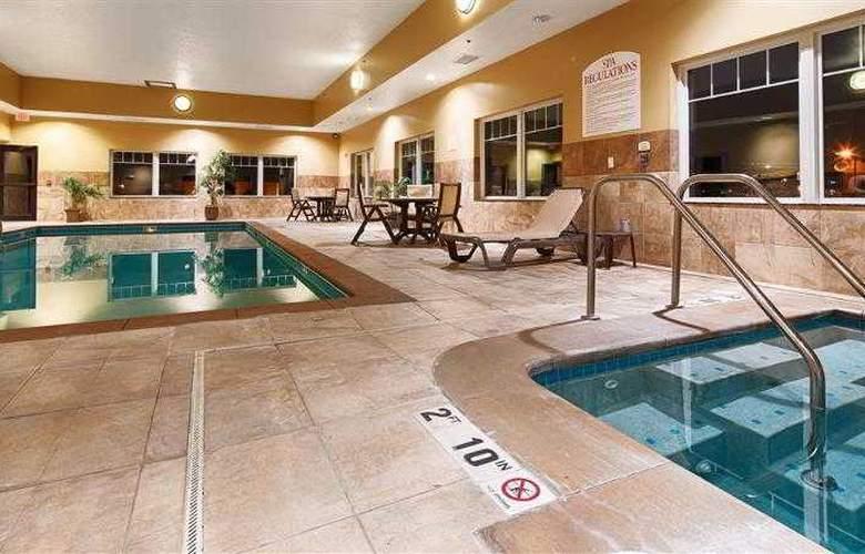 Best Western Plus Grand Island Inn & Suites - Hotel - 36