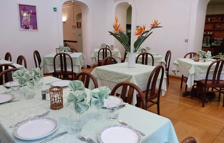 Garibaldi - Restaurant - 4
