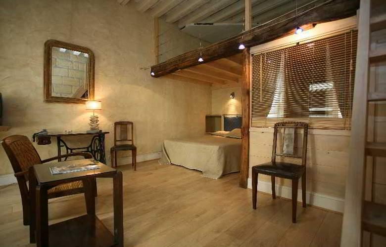 QUALYS-HOTEL LA TOUR INTENDANCE - Room - 7