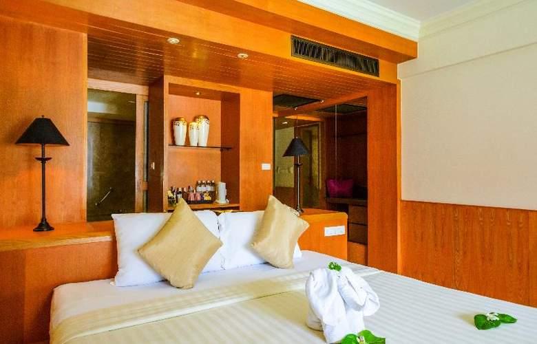 Seaview Patong - Room - 19
