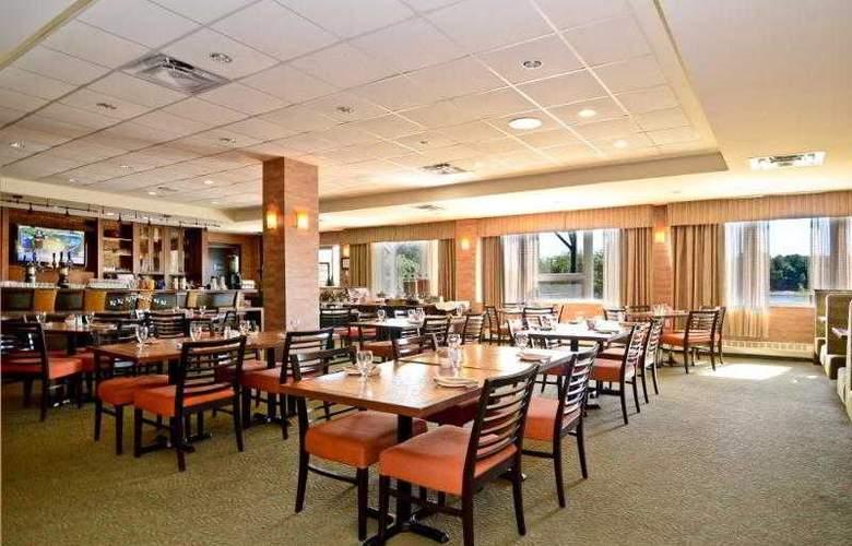 Best Western Chocolate Lake Hotel - Hotel - 62