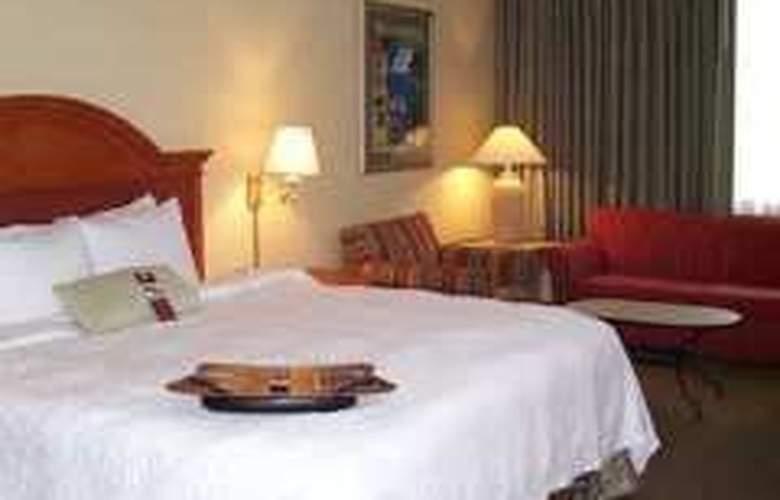 Hampton Inn Daytona Shores-Oceanfront - Room - 0