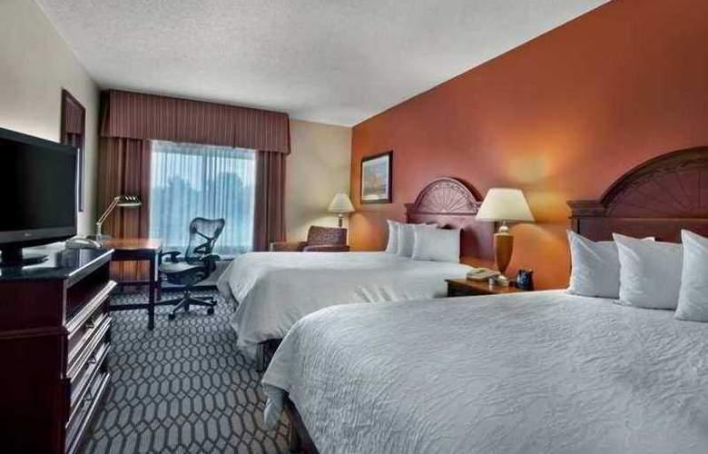 Hilton Garden Inn Birmingham- Lakeshore Drive - Hotel - 9